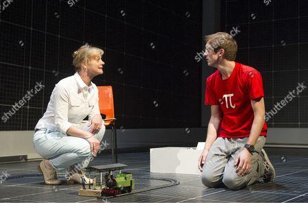 Sarah Woodward as Siobhan, Graham Butler as Christopher