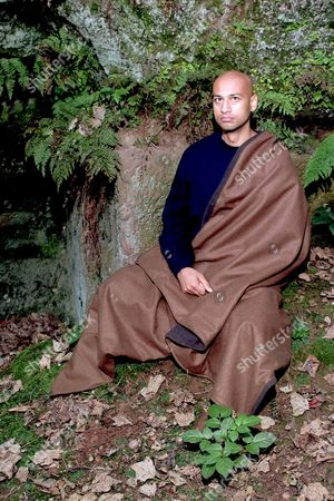 Editorial picture of ANSUMAN BISWAS WHO SPENT 53 HOURS AS A HERMIT AT SHUGBOROUGH HALL ESTATE, STAFFORDSHIRE, BRITAIN - SEP 2002