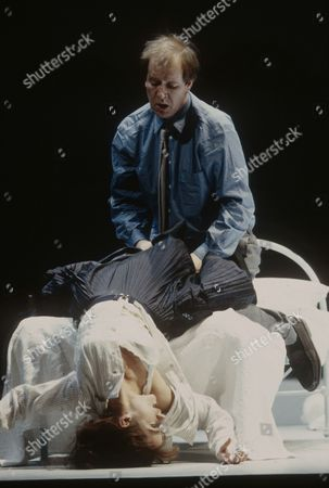Alan Howard and Lynsey Baxter