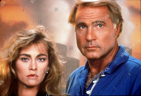 FILM STILLS OF 'EARTH FORCE - TV' WITH 1990, GIL GERARD, JOANNA PACULA IN 1990