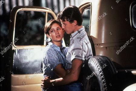 FILM STILLS OF 'MAN IN THE MOON' WITH 1991, JASON LONDON, ROBERT MULLIGAN, EMILY WARFIELD IN 1991