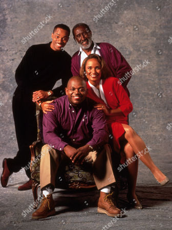 FILM STILLS OF 'ROC - TV' WITH 1991, ROCKY CARROLL, CHARLES S DUTTON, CARL GORDON, ELLA JOYCE IN 1991