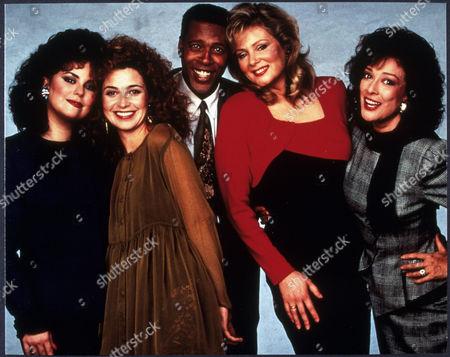 FILM STILLS OF 'DESIGNING WOMEN - TV' WITH 1990, DELTA BURKE, DIXIE CARTER, ENSEMBLE, ANNIE POTTS, JEAN SMART, MESHACH TAYLOR IN 1990