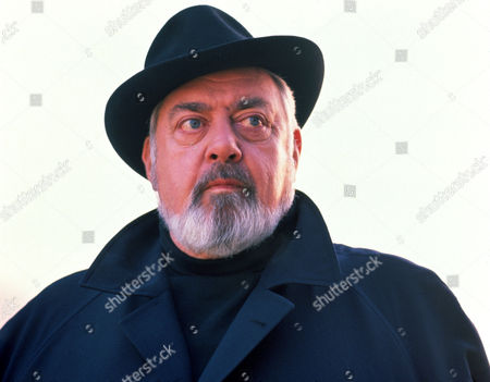 FILM STILLS OF 'PERRY MASON - TV' WITH 1992, RAYMOND BURR, CHARACTER, PERRY MASON IN 1992