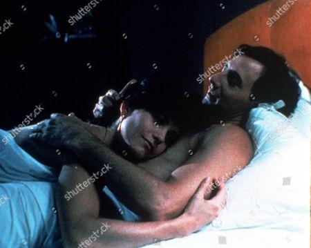 FILM STILLS OF 'OPPOSITE SEX' WITH 1992, COURTENEY COX, ARYE GROSS, MATTHEW MESHEKOFF IN 1992