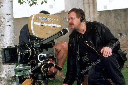 FILM STILLS OF 'BENNY & JOON' WITH 1993, JEREMIAH CHECHIK, MOVIE SET IN 1993
