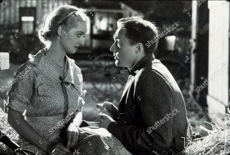 FILM STILLS OF 'WAY BACK HOME' WITH 1932, FRANK ALBERTSON, BETTE DAVIS, WILLIAM A SEITER IN 1932