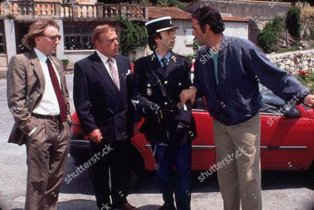 FILM STILLS OF 'SON OF THE PINK PANTHER' WITH 1993, ROBERTO BENIGNI, DERMOT CROWLEY, ROBERT DAVI, BLAKE EDWARDS, HERBERT LOM, PINK PANTHER FILMS IN 1993