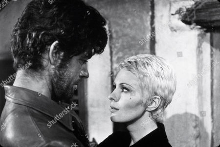 FILM STILLS OF 'KILL, KILL, KILL' WITH 1972, STEPHEN BOYD, ROMAIN GARY, JEAN SEBERG IN 1972