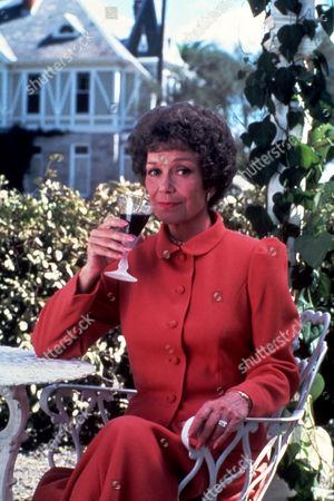 FILM STILLS OF 'FALCON CREST' WITH 1985, JANE WYMAN IN 1985
