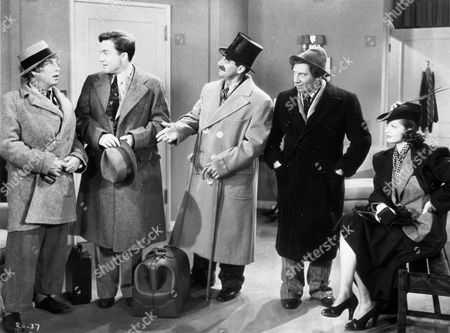FILM STILLS OF 'ROOM SERVICE' WITH 1938, FRANK ALBERTSON, LUCILLE BALL, MARX BROTHERS, CHICO MARX, GROUCHO MARX, HARPO MARX, WILLIAM A SEITER IN 1938