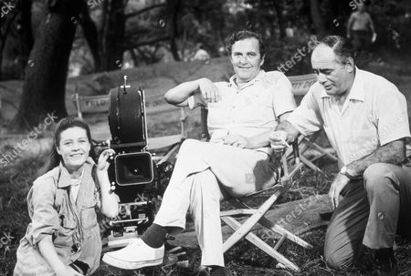 FILM STILLS OF 'ME, NATALIE' WITH 1969, MARTIN BALSAM, BEHIND THE SCENES, FRED COE, PATTY DUKE IN 1969