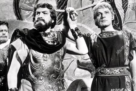 FILM STILLS OF 'ALEXANDER THE GREAT' WITH 1956, RICHARD BURTON, FREDRIC MARCH, ROBERT ROSSEN IN 1956