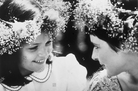 FILM STILLS OF 'ZELLY AND ME' WITH 1988, ALEXANDRA JOHNES, TINA RATHBORNE, ISABELLA ROSSELLINI IN 1988