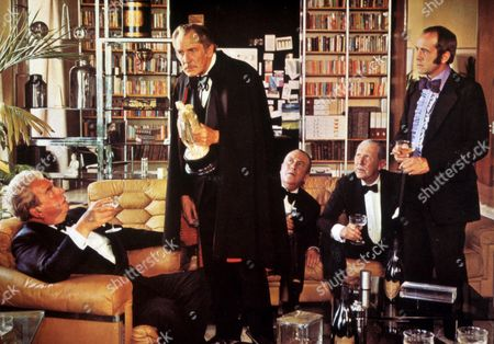 FILM STILLS OF 'THEATRE OF BLOOD' WITH 1973, IAN HENDRY, DOUGLAS HICKOX, HORROR, ROBERT MORLEY, VINCENT PRICE, REVENGE IN 1973
