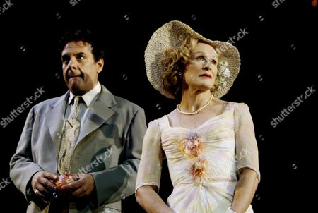 Editorial photo of 'A STREETCAR NAMED DESIRE' AT THE LYTTLETON THEATRE, LONDON, BRITAIN - 10 OCT 2002