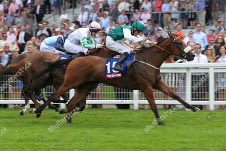 Ascot The Totepool Heritage Handicap Stakes. Winner:Discussiontofollow. Trainer: Mike Murphy. Jockey: Shane Kelly.