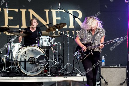 Dead Sara - Emily Armstrong and Sean Friday