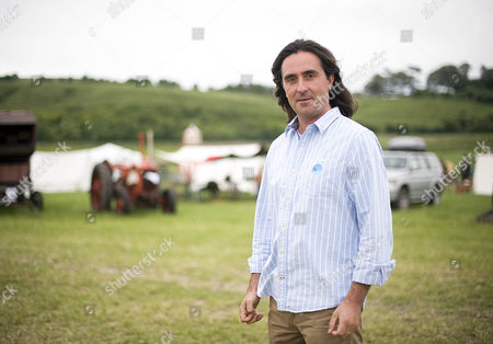 Daily Mail Chalke Valley History Festival 2013. Neil Oliver Who Was In The Histrionics Comedy Quiz.