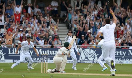 Ed Cowan Out Bowled By Steven Finn And Caught By Graham Swann First Investec Ashes Test Match Trent Bridge Day 1