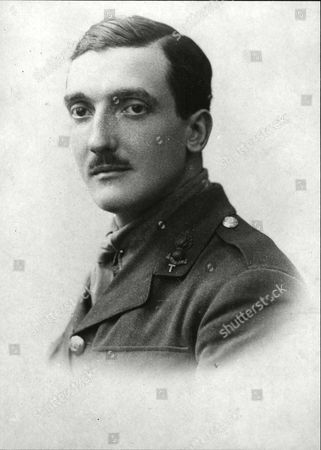 Mr. R. Stanley Gledhill Who Is Engaged To Miss Eleanor Henderson (daughter Of The Home Secretary).