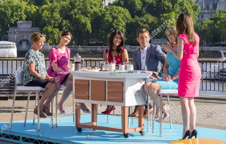 Janet Ellis and Sophie Ellis-Bextor with Susanna Reid, Ben Shephard, Charlotte Hawkins and Laura Tobin