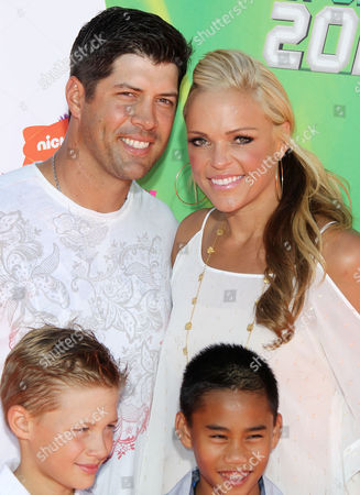 Casey Daigle, Jennie Finch, their son and guest