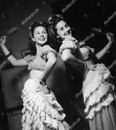 JEAN SIMMONS AND PATRICIA LANG