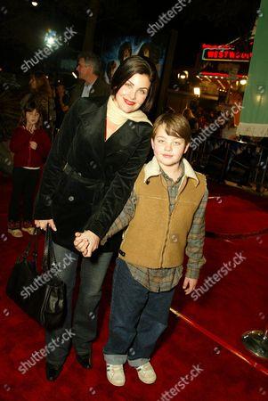 Sherilyn Fenn and son