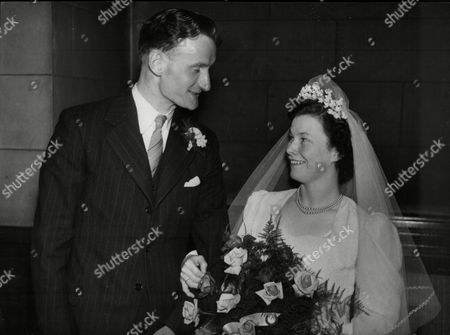 Wedding Of Scottish Goalkeeper John Niven And Mary Mclean In 1949.