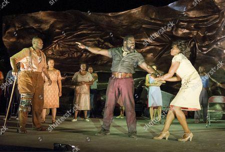 Rufus Bonds Jr as Porgy, Phillip Boykin as Crown, Nicola Hughes as Bess
