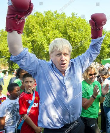 Mayor of London Boris Johnson boxing with Sir Sir Robin Andrew Wales