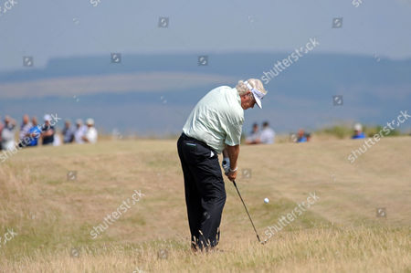 Stock Photo of Mark Wiebe of USA gets out of trouble on the 10th