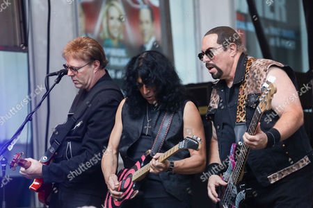 Twisted Sister- Jay Jay French, Eddie Ojeda, Mark Mendoza