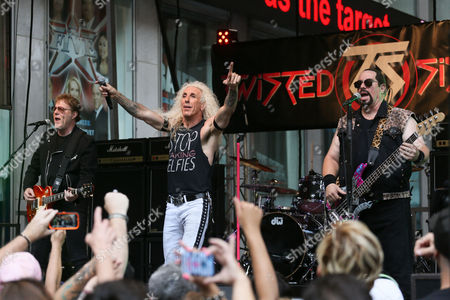 Twisted Sister- Jay Jay French, Dee Snider, Mark Mendoza