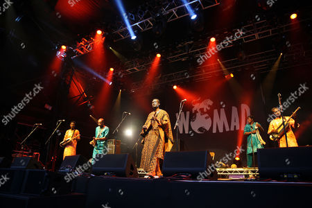 Bassekou Kouyate and Ngoni ba