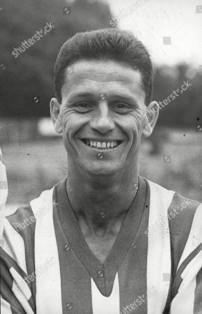 Obituary - Former footballer Bryn Elliott dies aged 93
