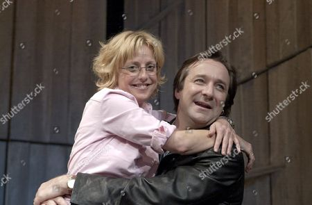 Editorial picture of PLAY 'THE BENEFACTORS' AT THE ALBERY THEATRE, LONDON, BRITAIN - 21 JUN 2002