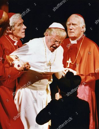 Stock Image of DEREK JACOBI, JAMES MAXWELL AND JOSEPH O'CONNOR IN PLAY 'HADRIAN VII' - 1995