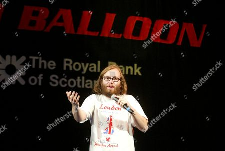 Editorial photo of BALLOO BENEFIT AT THE PICCADILLY THEATRE, LONDON IN AID OF THE GILDED BALLOON COMEDY CLUB IN COWGATE EDINBURGH WHICH WAS DESTROYED IN A FIRE, BRITAIN - 27 JAN 2003