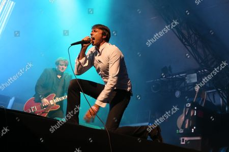 Suede - Brett Anderson and Richard Oakes (background)