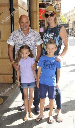 Aldo Zilli, wife Nikki and children