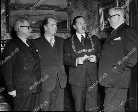 Lord Provost Of Glasgow Sir Victor Warren (2nd Right) With Mayor Of Inverness Provost J. M. Grigor Mayor Of Dublin Alderman John Belton And The Lord Mayor Of Belfast W. E. G. Johnson.