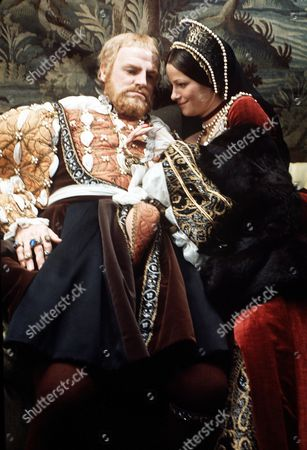 CHARLOTTE RAMPLING AND KEITH MICHELL IN 'HENRY VIII AND SIX WIVES' - 1973