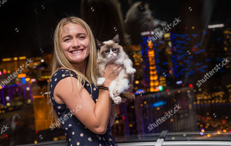 Owner Tabatha Bundesen and Grumpy Cat