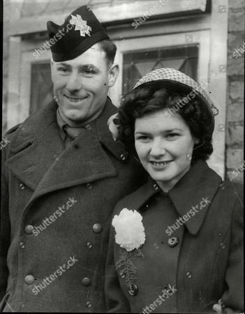 Private Gordon Linsell And Sheila Johnson On Their Wedding Day. Private Linsell Was Sentenced To Death For Shooting A German Policeman But Later Reprieved.