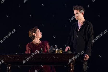 Stock Picture of Sofie Grabol (Queen Margaret) and Jamie Sives (James III) in JAMES III