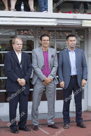 Chairman of FC Barcelona Josep Maria Bartomeu with the Finnish football star Jari Litmanen