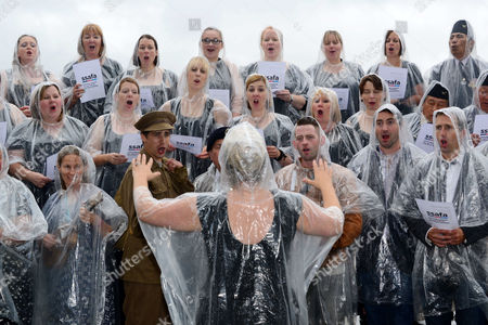 Stock Image of Military Wives, Blake, Jonjo Kerr, perform and attend