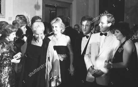 FROM LEFT - CLAUDETTE COLBERT, MRS. FANFANI, PIA LINDSTROM, PRINCE ALBERT OF MONACO AND LIZA MINNELLI IN VENICE, ITALY